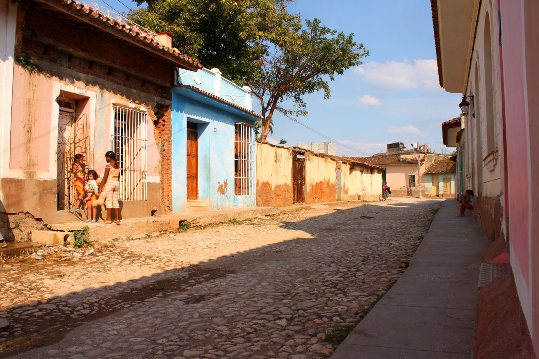 Gepflasterte Straßen in Trinidad