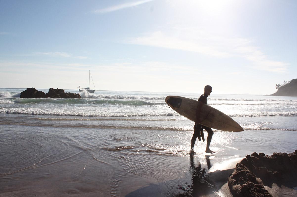 Hot Water Beach, Coromandel, Surfer, Neuseeland, Rundreise