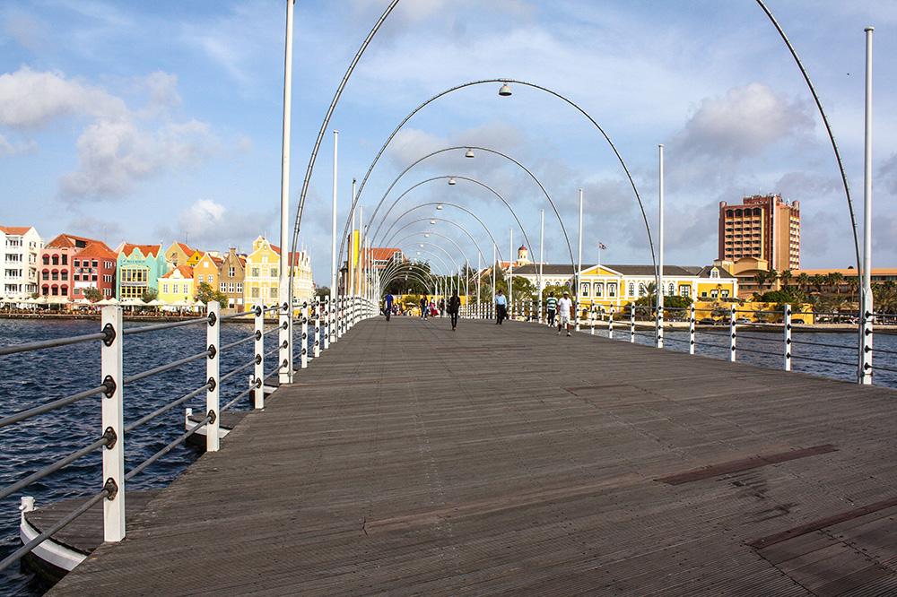 Curaçao Reisetipps, Queen Emma Brücke
