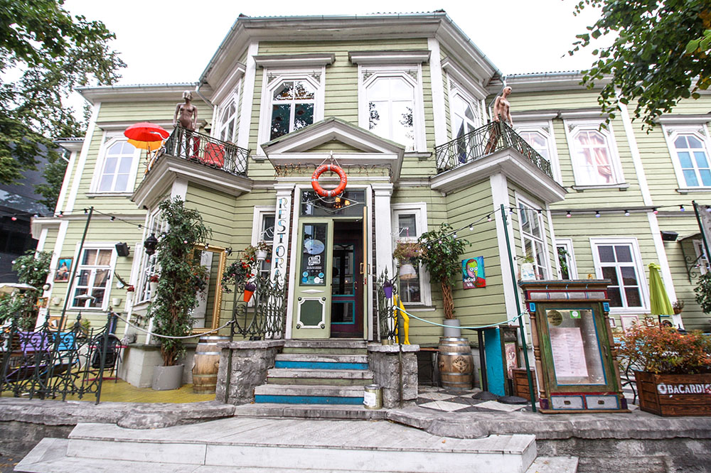 Manna La Rosa , Tallinn Estland