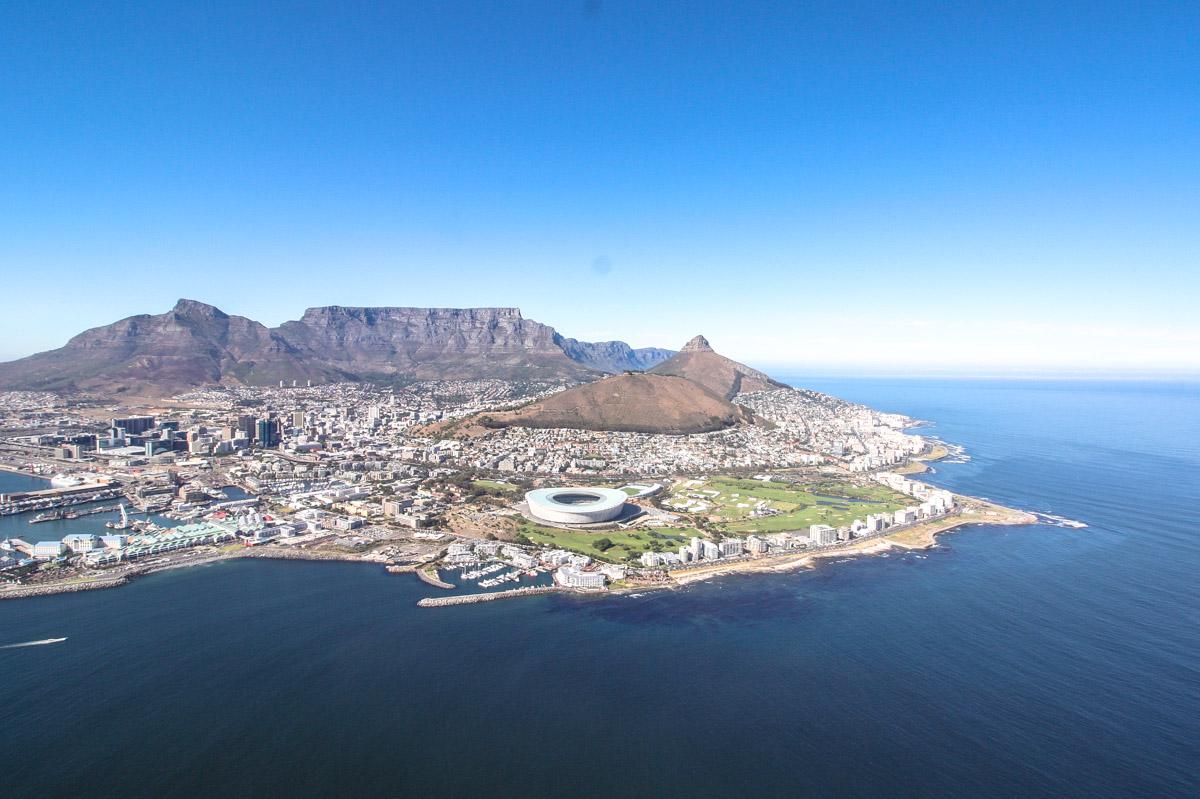 Mit dem Helikopter über Kapstadt