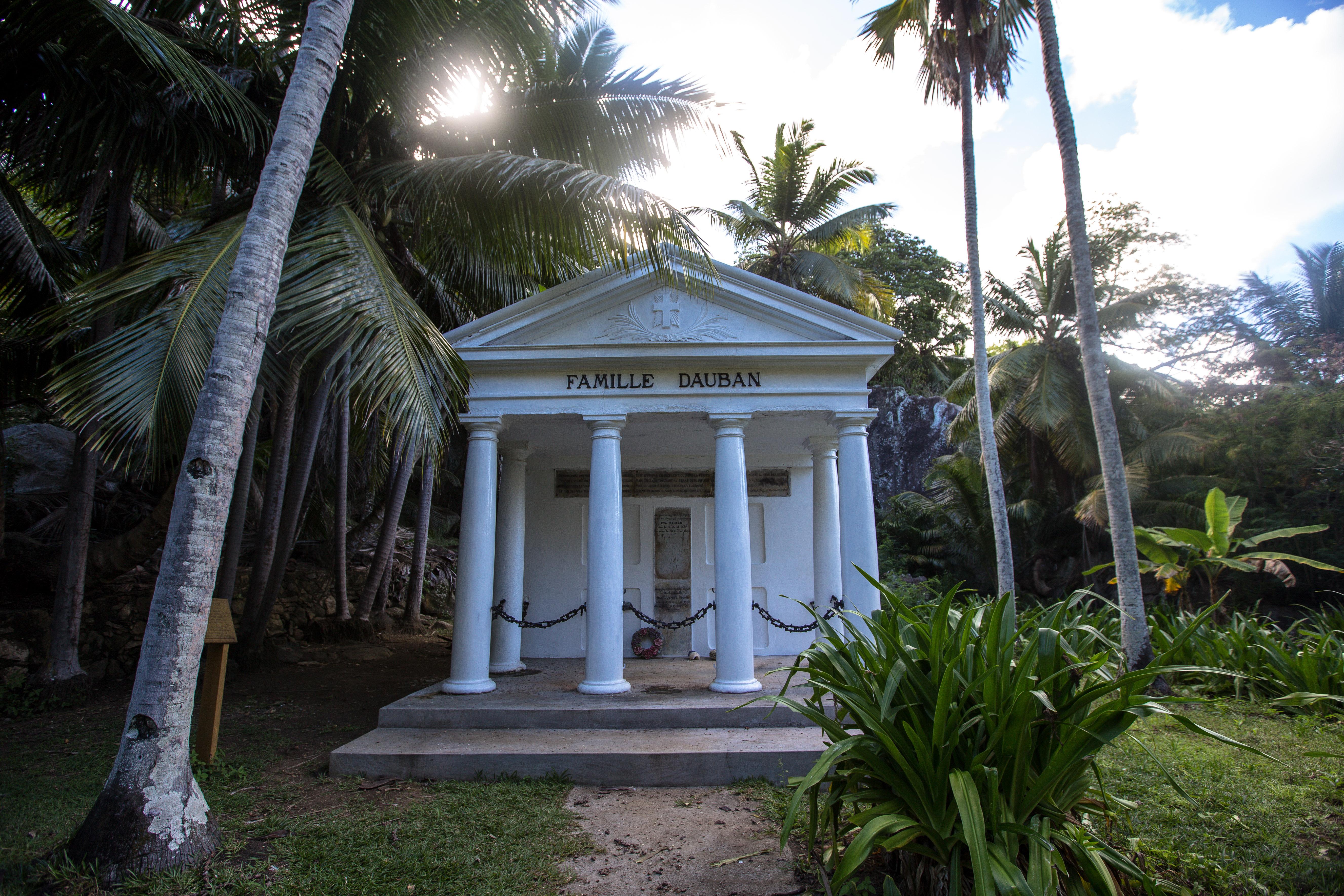 Familie Dauban, Silhouette Seychellen
