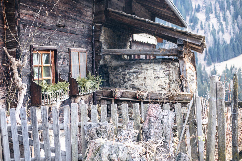 Wandern im Meraner Land: Der Ultner Höfeweg