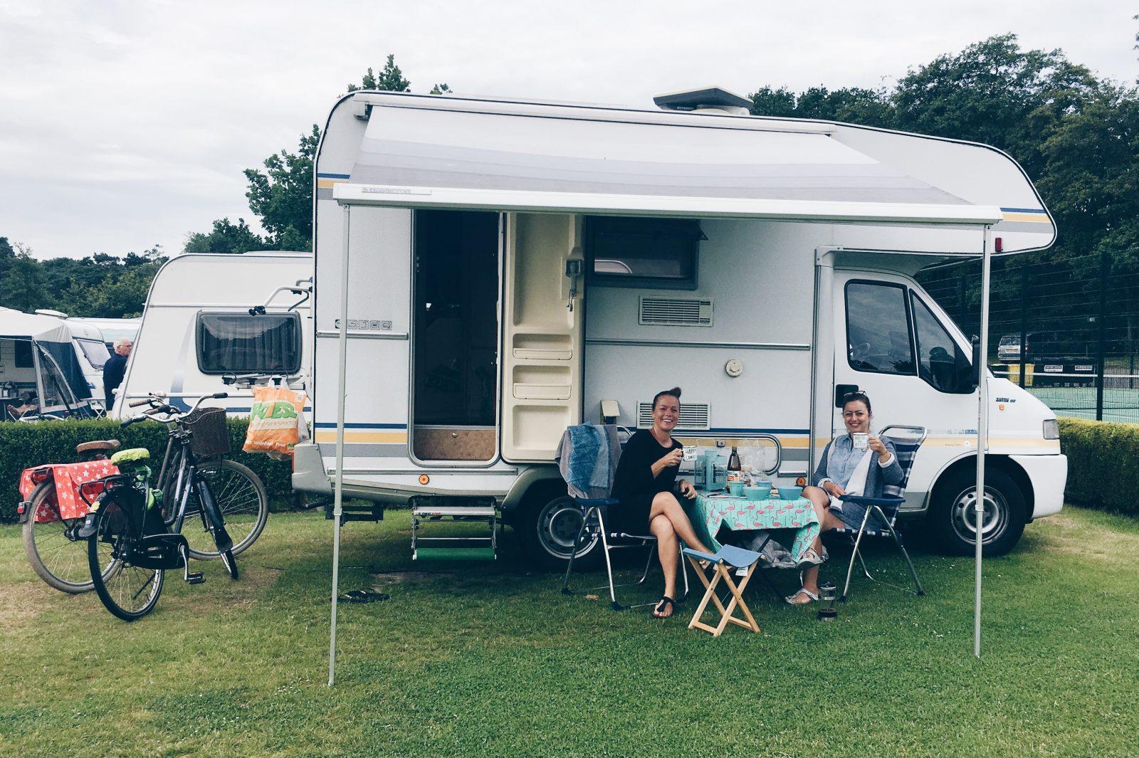 Campen in Holland, Den Haag, Scheveningen