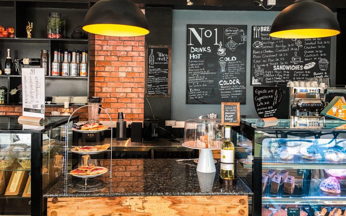 No. 1 Café Praslin