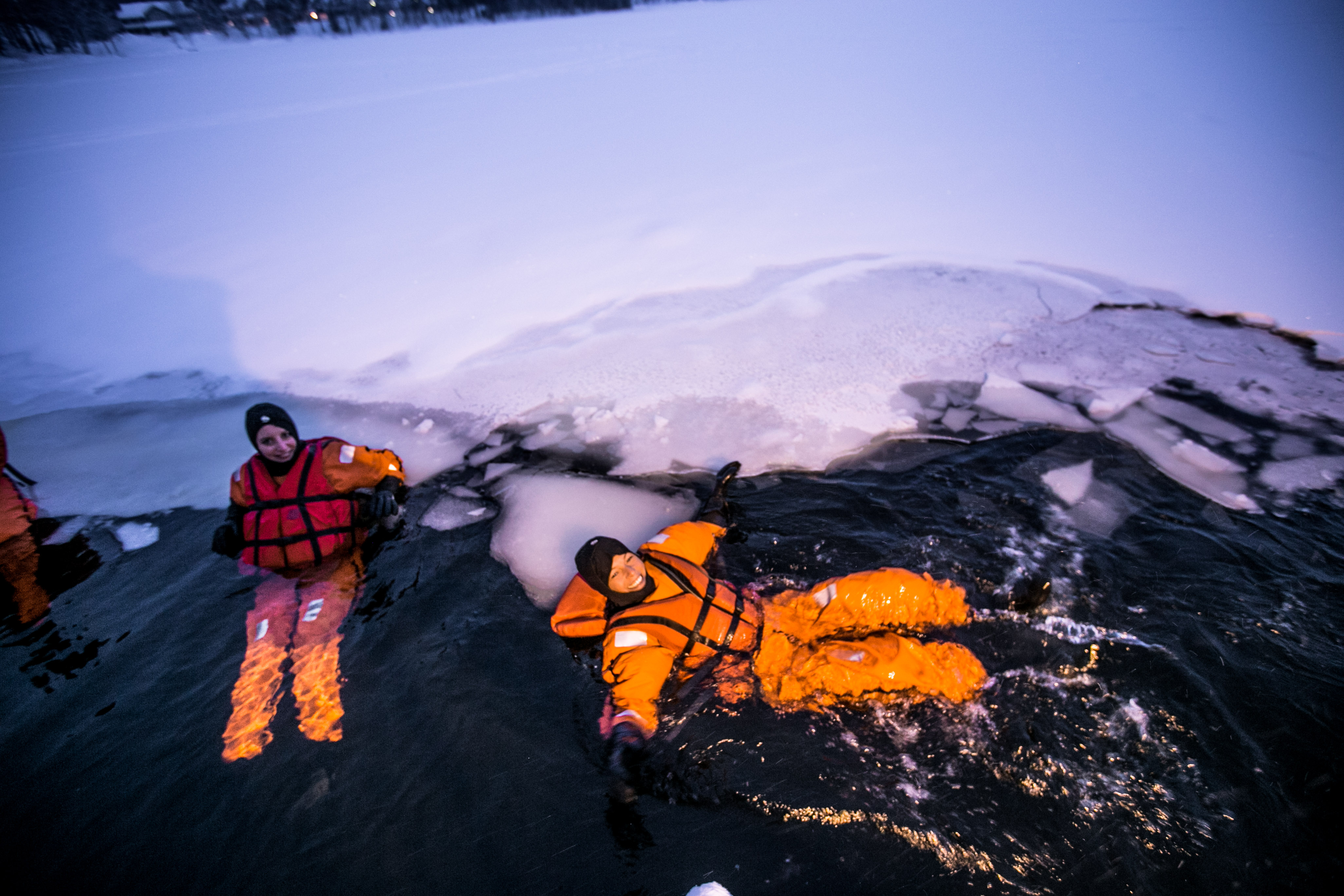 Finnland im Winter, Vuokatti, Tipps, Eisbaden, Ice bathing, Floating